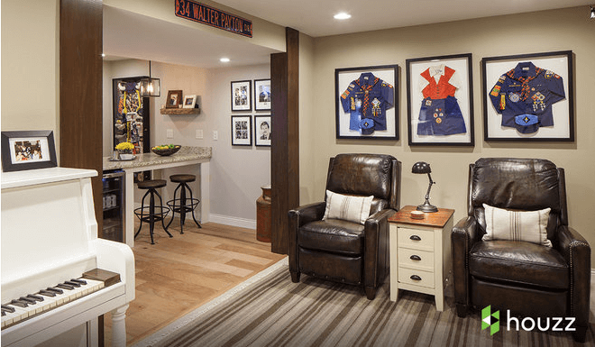 Ashton Kutcher surprises his mom with …a basement